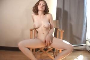 Mladičká Christine Young vstupuje do pornobranže