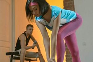 Pornokalendář DV 9.2 –  Mladá sportovkyně Apolena souloží s kamarádem ve fitku