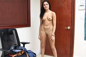 Sexuální interview, aneb Gieselle Mari opíchaná na stole castingovým agentem